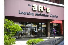 THE 3R'S LEARNING MATERIALS CENTER